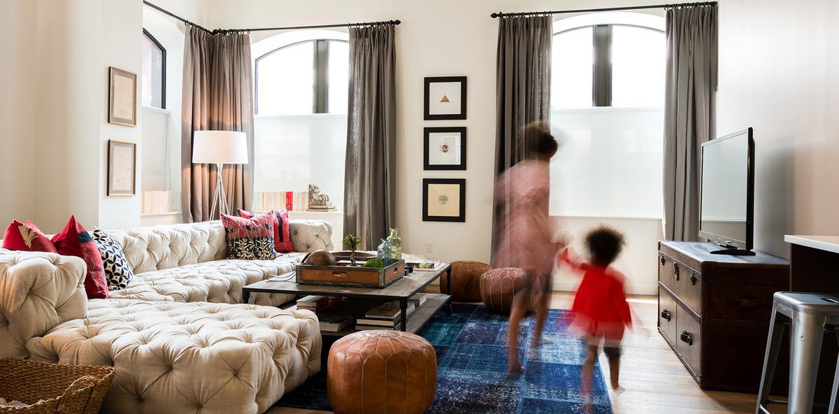 20 Henry Street Living Room
