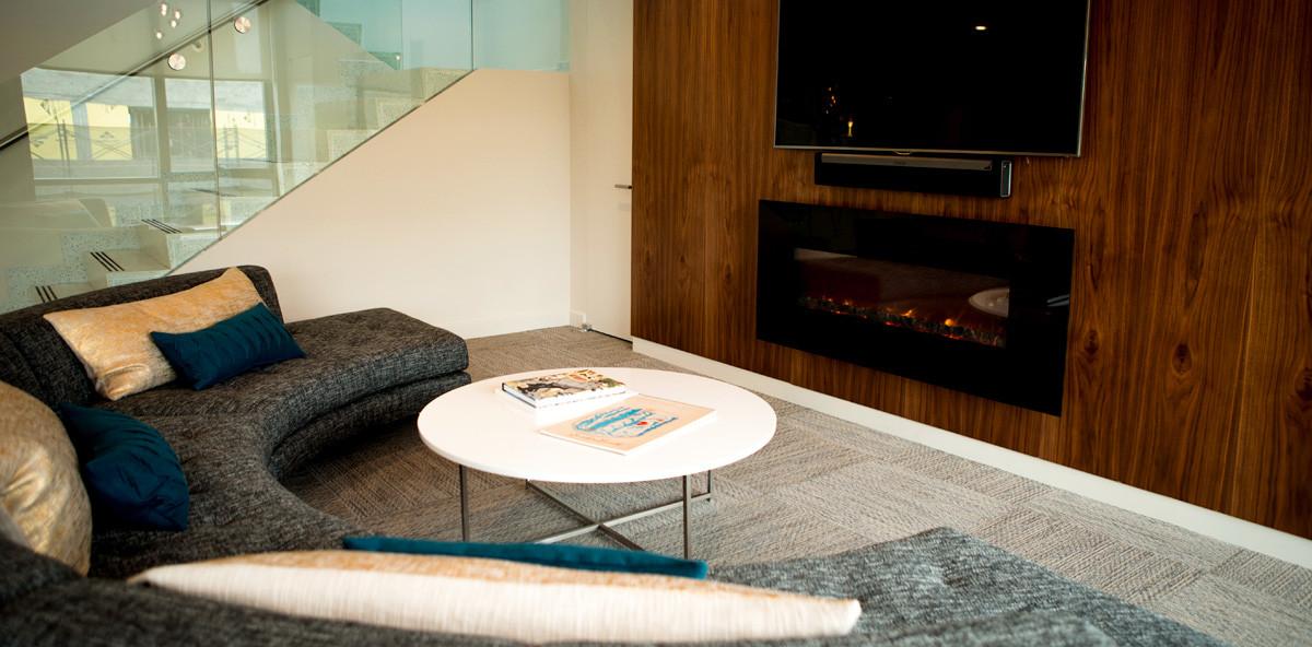 250N10 Lounge