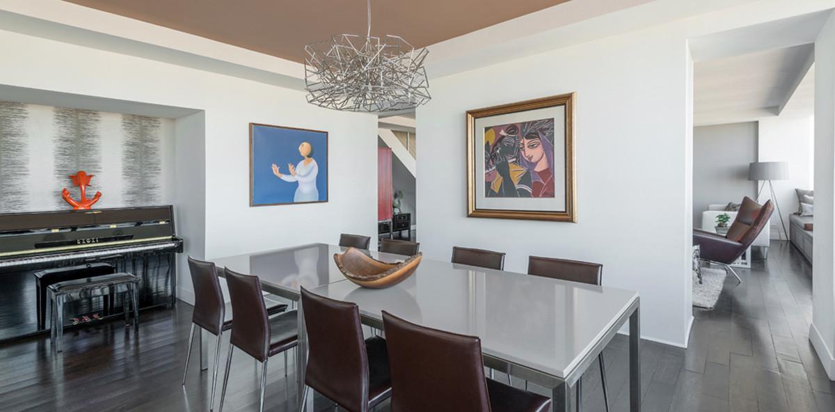860 UN Plaza Dining Room