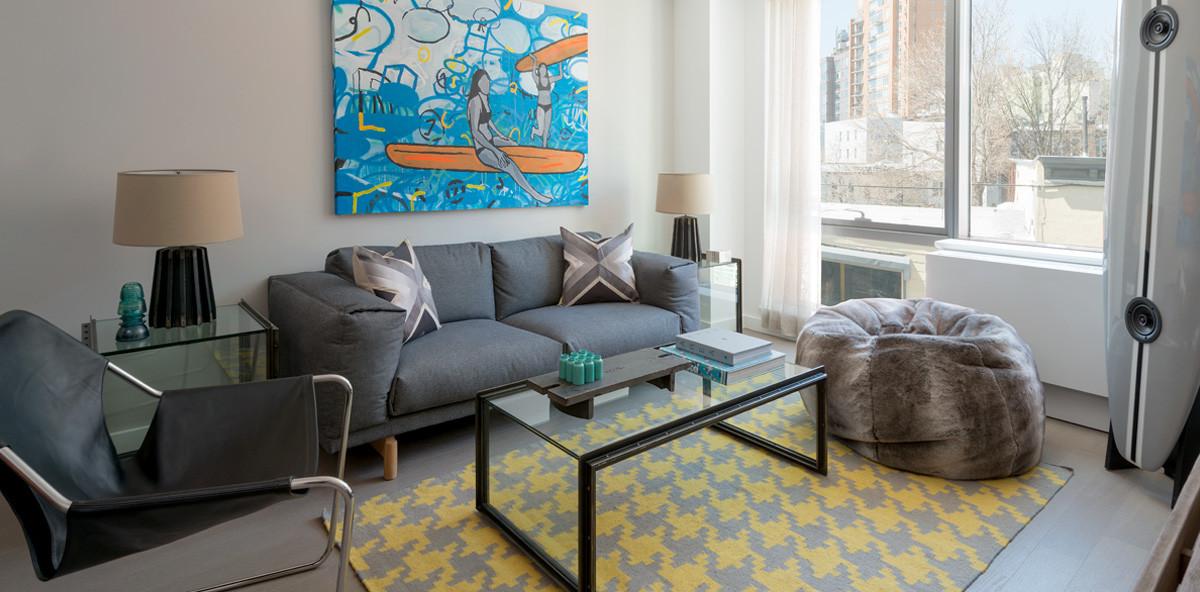 250N10 Living Room