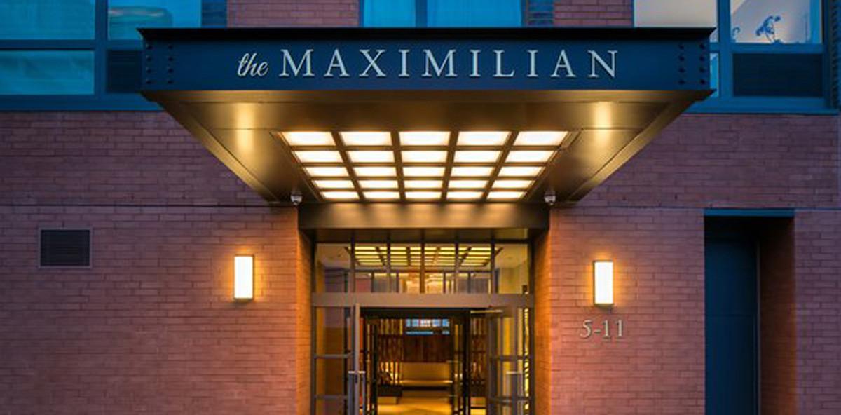 MAXIMILIAN Entrance